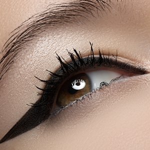 3 ways to wield winged eyeliner