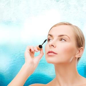 7 tips to sweatproof your makeup