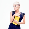 Be-prepared-to-confidently-dance-the-night-away-with-a-smartly-packed-clutch-_360_40100621_1_14093509_100.jpg