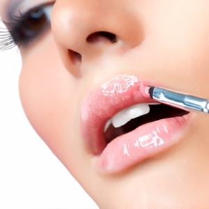 Balmy lips for balmy weather