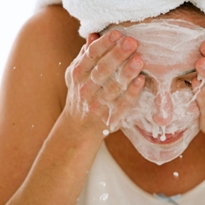 Face-washing tips for clearer skin