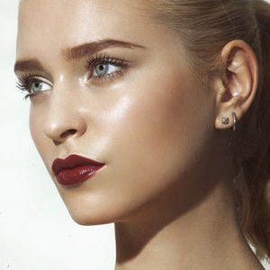 Fall's hottest look: Brushed up brows and stained lips