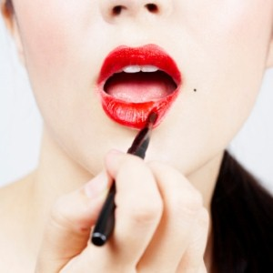 Four steps to luscious lips