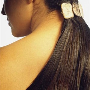 Longing for lustrous locks? Add an oil treatment to your routine