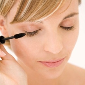 Three tips for unlocking the secrets of mascara