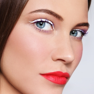 Tips for using white eyeliner