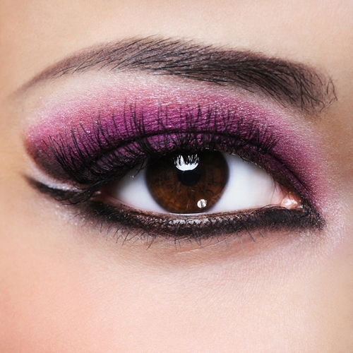 Makeup tips to make your eye color POP
